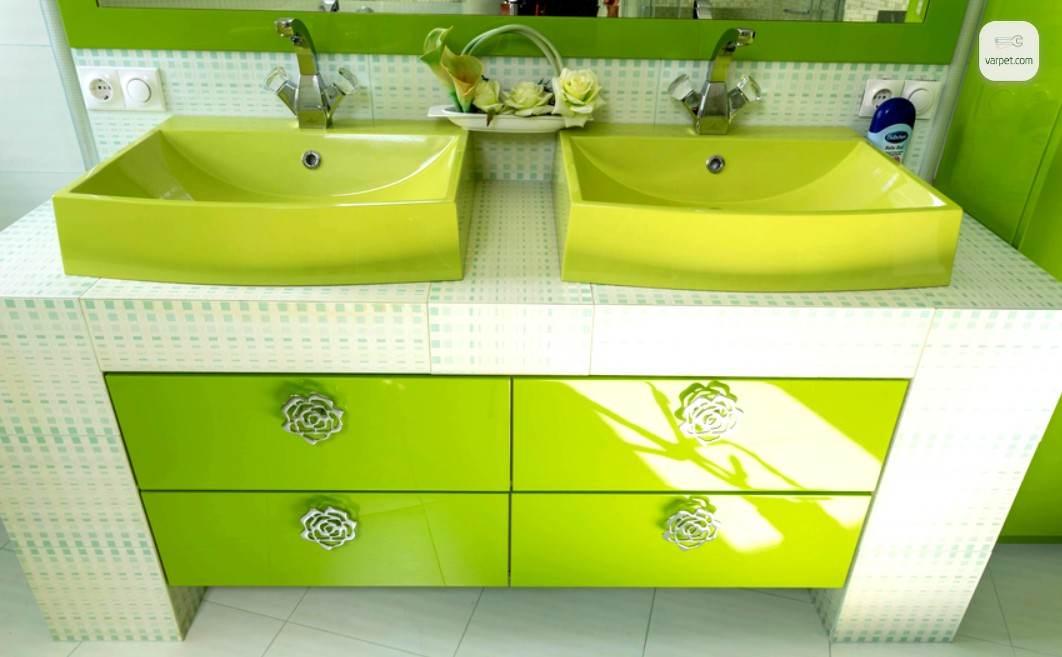Լոգասենյակի կահույքի կանաչ նրբերանգ